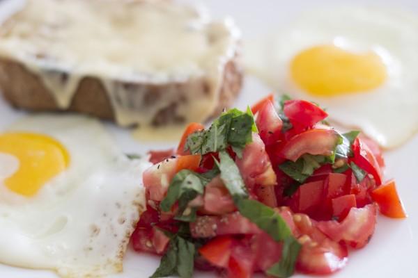 tomatoes, egg, toast