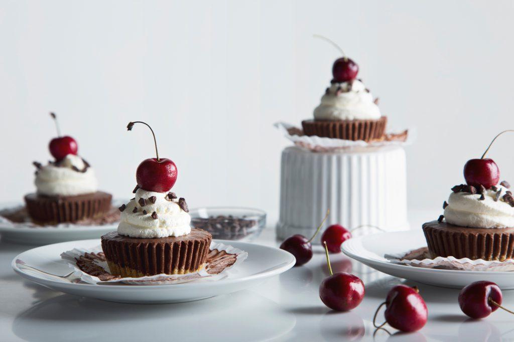 No-Bake Chocolate Cherry Protein Cheesecake2